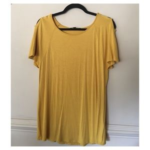 Cable & Gauge S/S Mustard Knit Top Size Large